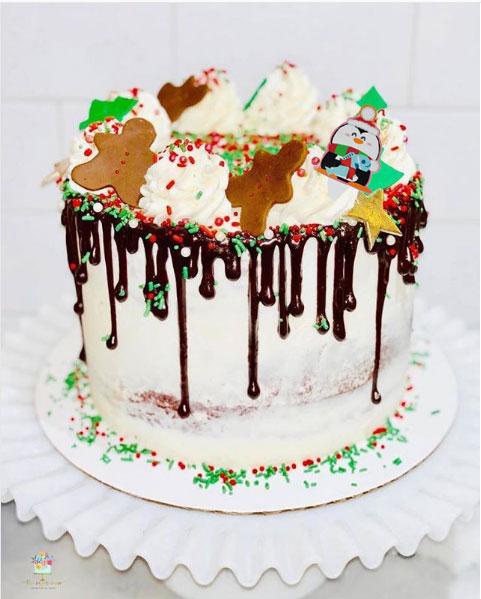 Itopia's Penguin Cake Topper